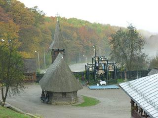 Mânăstirea Nicula, Sfânta Liturghie și sfințirea clopotelor, Sfântul Dimitrie Basarabov – 27 octombrie 2007