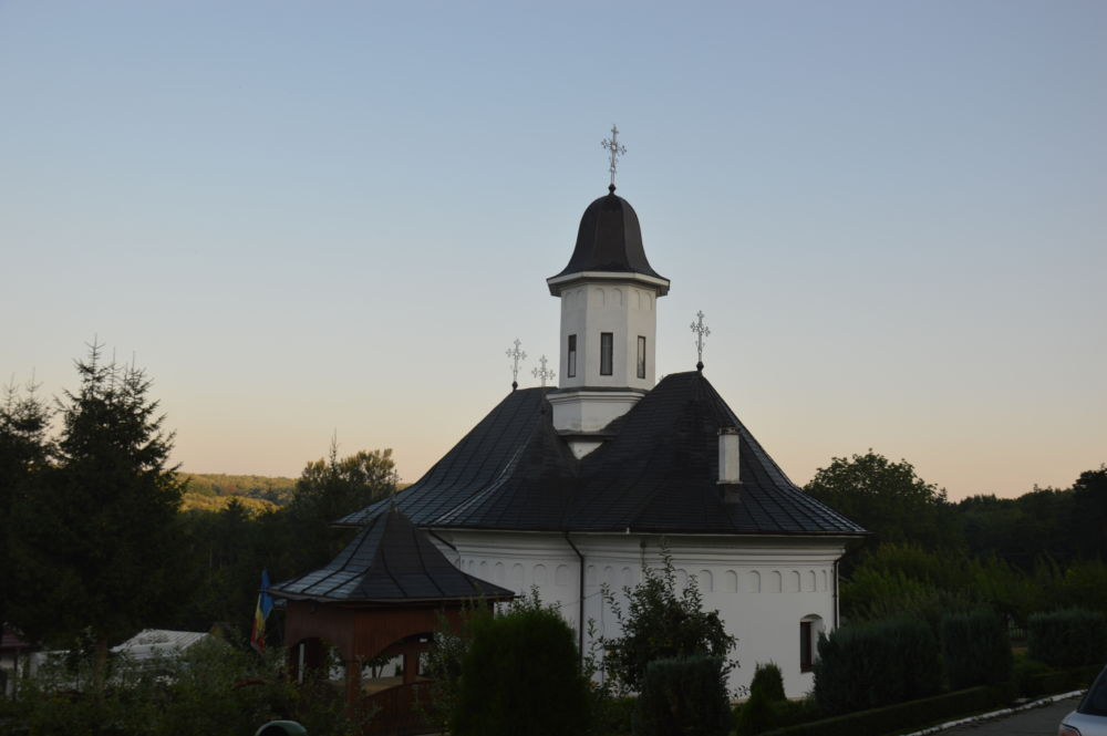 "Manastirea ""Sfanta Treime"" Buciumeni, Galati"