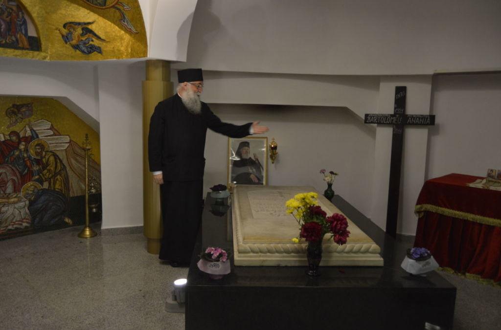 Intalnire cu Parintele Arhimandrit Melchisedec Velnic, Staretul Manastirii Putna